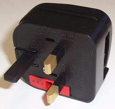 POWERCONNECTIONS SCP.BLACK.3A  Schuko To Uk Plug Black/3A